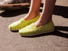 530ccdb85a29 Hollow fluorescent yellow toms canvas shoes from fashionpenny Toms Sale