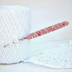 Artistic Life: Swirly Polymer Clay Crochet Hook Handle