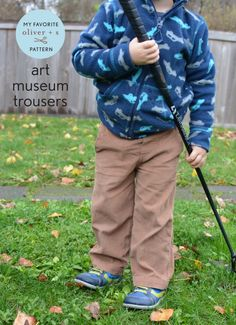 Elizabeth from lizzieville joins us today to discuss her favorite Oliver + S pattern, the Art Museum Trousers.