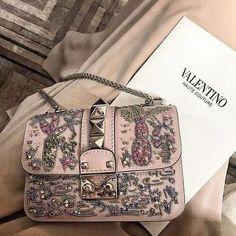 Valentino handbag ♡