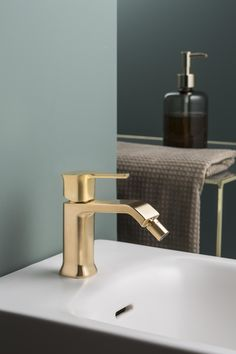 Water-Tap-Basin Faucet All Copper Single Handle Pull-Out Basin Mixer Jade Bowlder Stone Coffee Golden,Sink Mixer Faucet,Brown KMMK Home Hotel Bathroom Sink Basin Taps