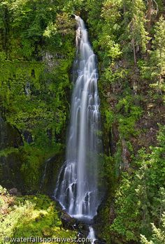 Barr Creek Falls In Southern Oregon