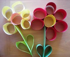 Rolled paper flowers - super cute and easy. My kindergartners loved them! Crafts To Do, Arts And Crafts, Paper Crafts, Paper Glue, 3d Paper, Paper Quilling, Easy Crafts, Flower Crafts, Flower Art