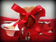 Brioche Cuor di Caramello, un deciso gusto di zucchero caramellato, e una romantica forma a cuore, adatta per la prima colazione del giorno di S.Valentino