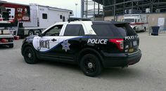Joliet (IL) Police # 9208 Ford Interceptor Utility Ford Police, Police Cars, Police Vehicles, Emergency Vehicles, Police Light Bars, Tactical Medic, Car Badges, Blue Lines, Hey Man