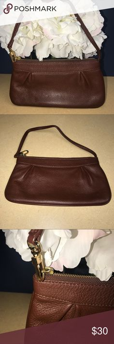 Brooks Brothers Wristlet/Clutch Oversized Wristlet. Clutch style. Beautiful brown. Excellent condition. Inside is in perfect shape. Has one inside additional pocket Brooks Brothers Bags Clutches & Wristlets