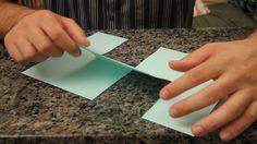 Você consegue fazer desaparecer um corte no meio de uma folha de papel? Veja, nesta mágica-desafio, um jeito bem legal de fazer