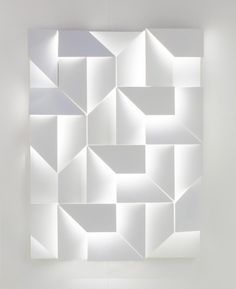 Wall Shadows is an interesting project by designer Charles Kalpakian for the Italian lighting company Omikron Design.