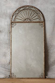 Villa Gates Mirror