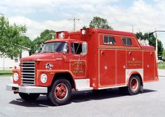 Millington, MD FD Rescue 25 1971 Dodge/Swab Heavy Rescue Squad. Ex-Clayton DE