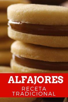 Homemade Argentinian Alfajores Recipe - my future home - Peruvian Desserts, Peruvian Cuisine, Peruvian Recipes, Mexican Food Recipes, Sweet Recipes, Cookie Recipes, Dessert Recipes, Caramel Recipes, Chocolate Recipes