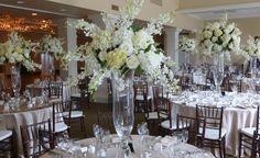 Love all white, monochromatic color schemes!