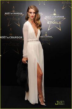 2016 New Design Simple White Prom Dress Chiffon Front Slit Crystal Deep V Neck Sexy Long Sleeve Celebrity Dresses