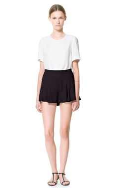 LOOSE FIT SHORTS from Zara
