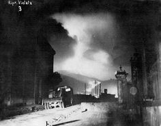 Photo_from_Eddie_Little_of_the_489th_Bombardment_Squadron_340th_Bombardment_Group_Vesuvius_erupting_Lava_flow