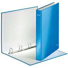 De metallic blauwe Leitz 4242 WOW ringband is een trendy ringband waarin documenten direct opvallen. De ringbandmap heeft een capaciteit van 230 A4 vel en is gemaakt van robuust karton. Het karton is overtrokken met een transparante folie, waardoor Leitz ringbanden zeer goed beschermd zijn.