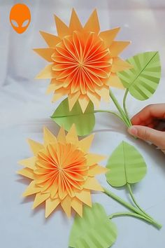 origami easy: 3 Ways to Make Origami Once you make the base, do a few more ; Origami Animals : How to Fold Origami Animals : Paper; How to make an Origami Kaleidoscope Diy Origami, Origami Design, Origami Ball, Paper Crafts Origami, Origami Tutorial, Paper Quilling, Paper Flowers Craft, Flower Crafts, Diy Flowers