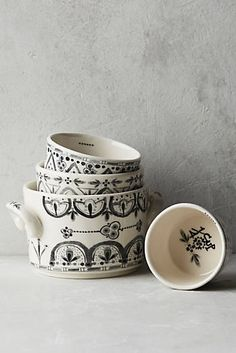 Lina Measuring Cups