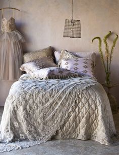 Bella Notte bedlinen. The combination of textures is so dreamy.