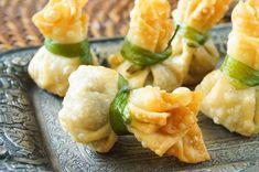 Thung thong (Thai Crispy Dumplings)