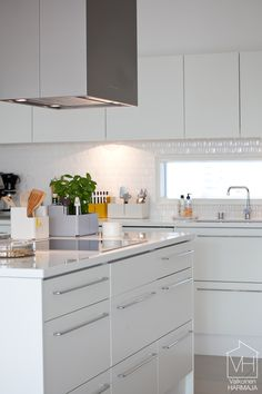Our kitchen styled with Iittala (styling co-operation with Iittala)