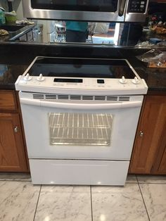 """Excellent Condition, Slide In Electric Range with <br>Glass Touch Panel with EZ Convection Conversion <br>Self Cleaning Thermal/Convection Oven <br>KitchenAid Superba 30"""" <br>Interior Light with Oven Door window <br>4 Cook top Element  <br>All Manuals & Instructions available <br>Pick up Only, No Delivery"""