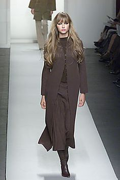 Oscar de la Renta | Fall 2000 Ready-to-Wear Collection | Style.com
