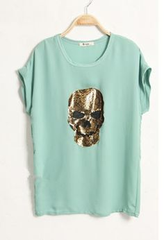 Green Skull Print Lace Short Sleeve Tshirt... not usually a skulls and crossbones kinda girl but me likey this one :D