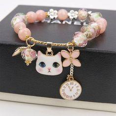 Minimalistic Crystal Pendant Bracelet sold by KOSMUI. Kawaii Accessories, Jewelry Accessories, Jewelry Design, Stylish Jewelry, Cute Jewelry, Fashion Necklace, Fashion Jewelry, Accesorios Casual, Hand Jewelry