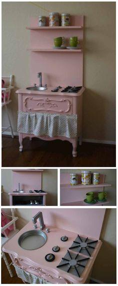 Way cute DIY kids kitchen!like the top shelves. Great idea of cake pan as the sink. Best Play Kitchen, Diy Kids Kitchen, Kitchen Sets, Play Kitchens, Diy Kids Furniture, Furniture Styles, Repurposed Furniture, Home Furniture, Antique Furniture
