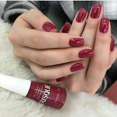 Wine-coloured nails www.ScarlettAvery.com
