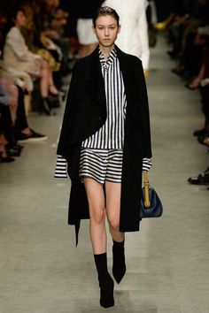 Burberry -  Spring 2017 Ready-to-Wear