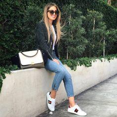 357.1 mil seguidores, 226 seguidos, 4,430 publicaciones - Ve las fotos y los vídeos de Instagram de Natalia Merino Stapleton (@cinnamonstyle) Gucci Sneakers Outfit, Sneaker Outfits Women, Gucci Outfits, Sporty Outfits, Stylish Outfits, Fashion Outfits, Booties Outfit, Sunday Outfits, Spring Outfits