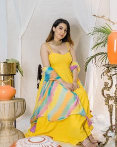 Dress Indian Style, Indian Fashion Dresses, Indian Designer Outfits, Designer Dresses, Designer Clothing, Fashion Outfits, Function Dresses, Kurti Designs Party Wear, Dress Designs