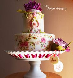 Vintage wedding cake! The Romantic Therapy for the taste buds:) - Cake by TheSugarArtistry - CakesDecor