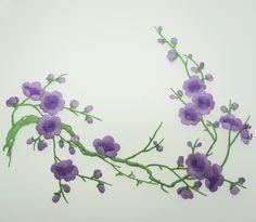 Aufbügelbare Pflaumenblüte gestickt Aufnäher Kleber bestickt