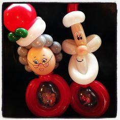 Christmas stuffed balloon buddies by Sparkles the clown #santaballoon