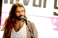 Biffy acoustic and signing Simon Neil, Biffy Clyro, Much Music, Dan Smith, Man Crush Monday, My Passion, Cool Bands, Sexy Men, The Voice