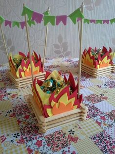 step by step and 35 ideas - Birthday FM : Home of Birtday Inspirations, Wishes, DIY, Music & Ideas Popsicle Stick Crafts, Popsicle Sticks, Craft Stick Crafts, Diy And Crafts, Crafts For Kids, Paper Crafts, 3rd Birthday, Birthday Parties, Party Decoration