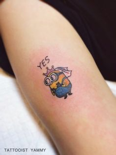 minions tattoo. color tattoo. Bob. cute. cartoon. small tattoo. tattooist Yammy. 미니언즈. 타투.미니타투. 타투이스트야미