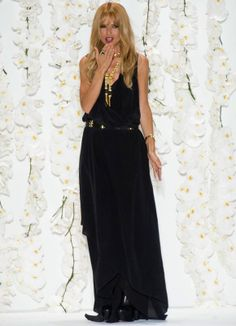 Rachel Zoe at the end of the catwalk