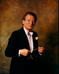 Neville Marriner (1924) is Life President of the Academy of St.Martin in the Fields. He began his career as a violinist, playing in a string quartet, a trio, and the London Symphony Orchestra. During this period he founded the Academy, forming a top-class ensemble from London's finest players. As a player, he worked with the greatest conductors like Toscanini and Furtwängler,  Krips, Szell, Stokowski and Pierre Monteux. He began his career in 1969, after his studies in the US with Monteux.