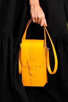 Vogue rounds up the best designer bags, handbags and purses from the Spring/Summer 2016 fashion shows. See the full edit here Hermes Handbags, Luxury Handbags, Fashion Handbags, Purses And Handbags, Fashion Bags, Leather Handbags, Dkny Handbags, Ladies Handbags, Black Handbags