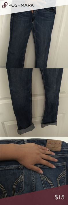 Hilliard jeans! ((: They are in great condition nothing wrong with them they just don't fit anymore from the top! (: Hollister Jeans Skinny