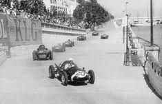 Maurice Trintignant - Cooper/Climax, seguito da Tony Brooks - Vanwall, 1958 Monaco GP