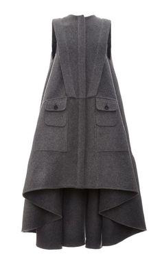 Grey Sleeveless Virgin Wool Coat by Antonio Berardi for Preorder on Moda Operandi Fashion Details, Look Fashion, Hijab Fashion, Winter Fashion, Fashion Dresses, Womens Fashion, Fashion Design, Modelos Fashion, Antonio Berardi