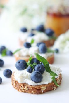 Blueberry Ricotta Crostini with wildflower Honey – SIMPLY BEAUTIFUL EATING