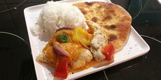Server den dejlige omgang kylling i fad med f. Karry, Always Hungry, Mango, Eggs, Meat, Chicken, Breakfast, Food, Manga