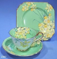 Gladstone China Art Deco Daffodils Bone China Vintage Tea Trio Hand-Painted Patt. No. 3852
