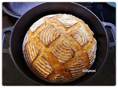 Kovászos kenyér éjjeli hűtős kelesztéssel | Betty hobbi konyhája Bread N Butter, How To Make Bread, Diy Food, Bread Baking, Bread Recipes, Baguette, Waffles, Bakery, Food And Drink